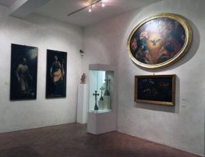 particolare delle sale interne del particolare al Museo d'arte sacra di Camaiore