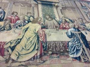 particolare dell'Arazzo del XVI sec al Museo d'arte sacra di Camaiore