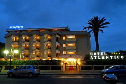 Hotel Atlantico Forte dei Marmi esterno
