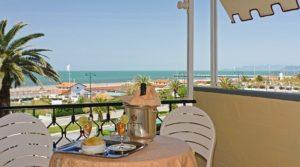 Hotel Atlantico Forte dei Marmi terrazza