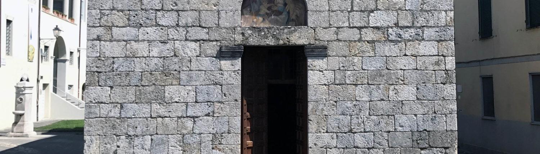 facciata della chiesa di San Michele a Camaiore