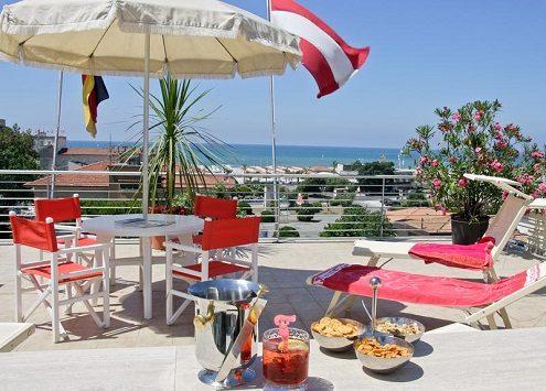 hotel bacco lido di camaiore terrazza