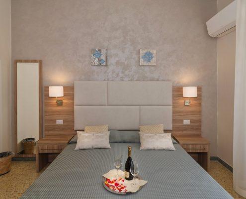 Camera Matrimoniale Hotel Giardino Lido di Camaiore