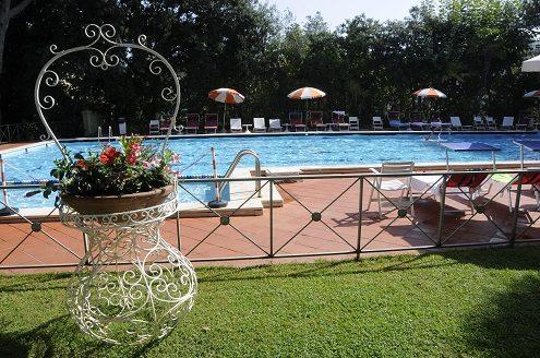 hotel ermione marina di pietrasanta piscina