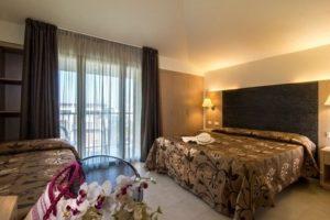 Camera tripla Hotel dei Tigli Lido di Camaiore 1-Versilia