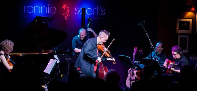 Il violinista Nigel Kennedy a La Versiliana