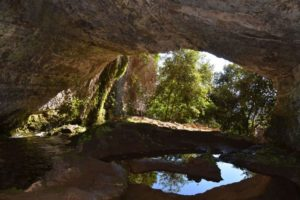 Escursione Grotta all'Onda