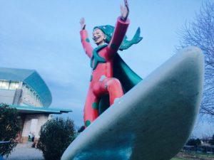 scultura all'ingresso della Cittadella del Carnevale