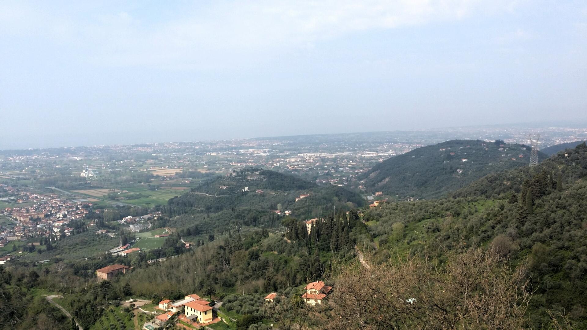 Panorama da Santa Lucia in Versilia