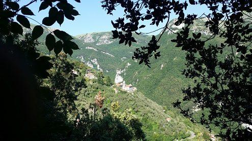 Vista del paese di Casoli Camaiore in Versilia
