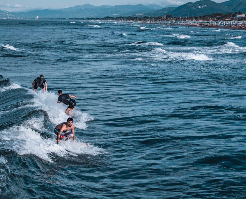 surfista forte dei marmi compressa