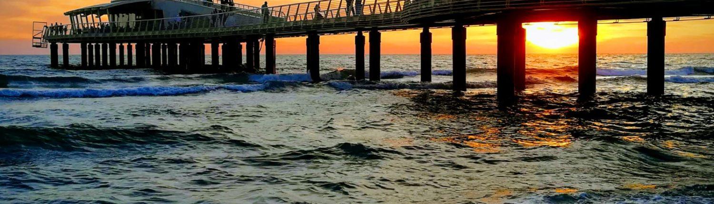 Lido di Camaiore, pontile al tramonto