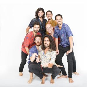 """La Band Surealistas in: """"VIVA LA VIDA"""""""