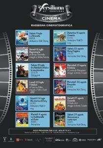 Versiliana Cinema 2020 11 luglio - 29 agosto 12 proiezioni INIZIO PROIEZIONI: ORE 21.30 BIGLIETTI: POSTO UNICO NUMERATO 5€ IN VENDITA ALLA BIGLIETTERIA DELLA VERSILIANA Orari: tutti i giorni 10.00-13.00 / 17.00-20.00 INFO: tel 0584 265757 www.versilianafestival.it